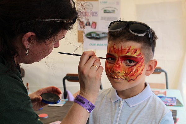 face painting at Crick Boat Show